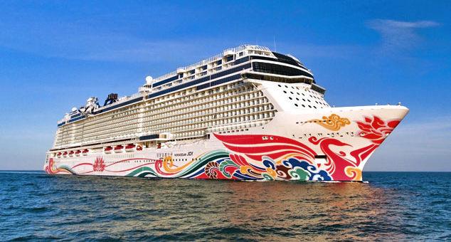 10 ways to book a cruise ship gig
